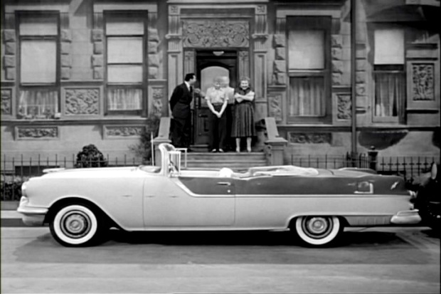 I Love Lucy, '58 Pontiac Star Chief Convertible, IMCDB
