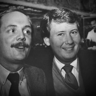 Black and white photo of Donald MacIntosh Havens and Stephen Brockelman at Tavern on the Green in 1981